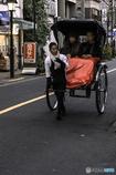 DSC05327-浅草の街をガイダンス