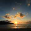 国直海岸に沈む夕日
