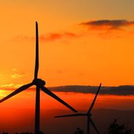 CANON Canon EOS 70Dで撮影した(燃える夕日と風力発電)の写真(画像)