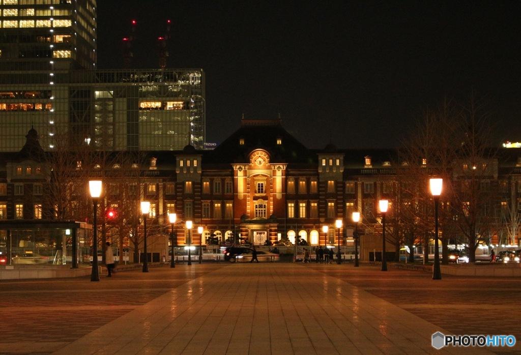 ど〜んと東京駅