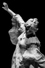 Scarf Dance <モノクローム>