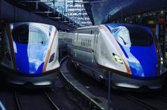 東京駅 青い新幹線 ツインズ