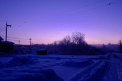 雪が降って朝になり