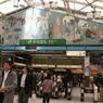 駅の名物の壁画