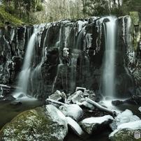 渓流と滝 1