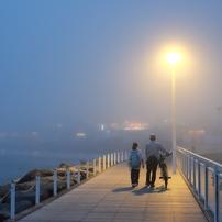 夜霧のプロムナード...
