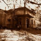 かつて駅舎だったもの