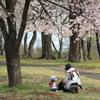 狭山公園の親子(1)