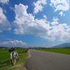 雲と道と自転車と
