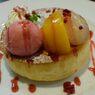 桃のスフレパンケーキ