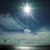 太陽と輝る海と雲と・・・