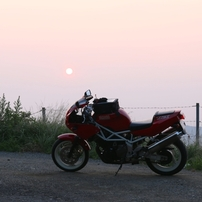 夜明けとバイク