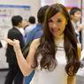 東京モーターショー2015の女神たち DUNLOP 2