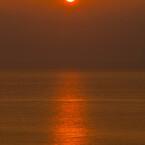 本州西端からの夕陽 ①