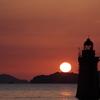 島影からの日の出