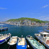 小さな島の小さな港町