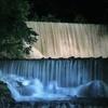 真夏の夜の滝♪