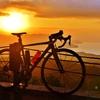 日の出のロードバイク