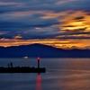 灯る漁港灯