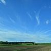 夕方の青い空と雲