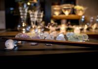 食卓の輝き‥硝子の箸置き
