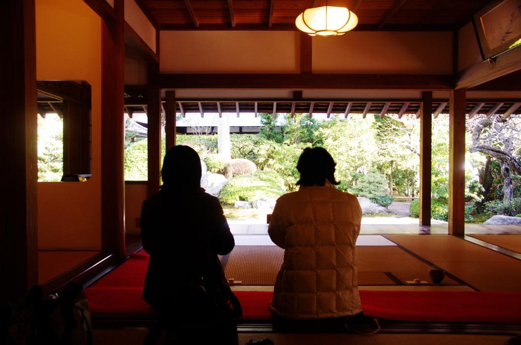 浄妙寺喜泉庵(ふじちゃん夫妻の後ろ姿を入れて)