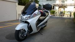 バイク。(SUZUKI SKYWAVE250 BA-CJ43A )