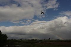 虹と飛行機