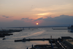 石垣の夕日
