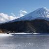 氷の河口湖