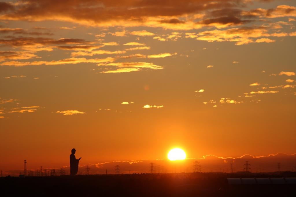 大仏と朝日