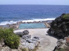 海のプール