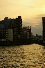 隅田川の夕暮れ