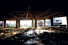 廃墟の二階から・・・