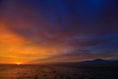 朝日を待つ大山