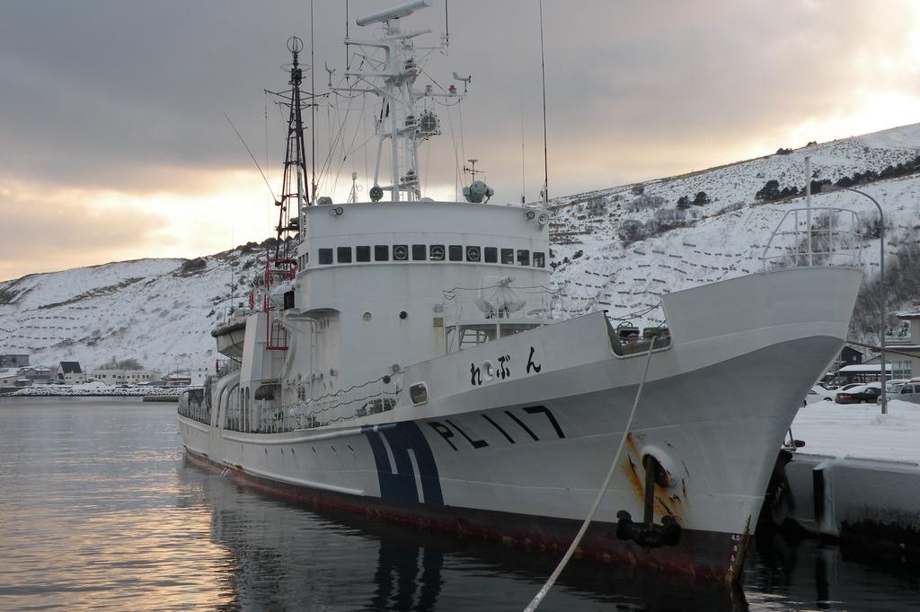 冬の海の任務