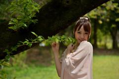 森の中の美少女