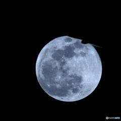 スーパームーン フライト~月上