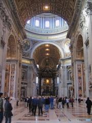 イタリアの旅 ~ サン・ピエトロ大聖堂・身廊 ~
