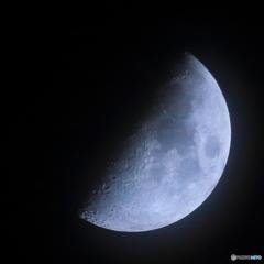 月例7.05 宵月 上弦 月面X