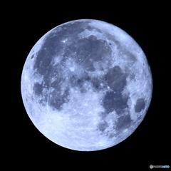 ❛ 今年最少の満月 ❜   月齢15.11  十六夜