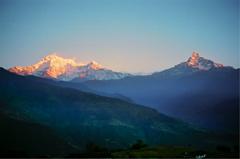 ネパール アンナプルナとマチャプチャレ