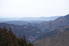 三峰神社 遙拝殿からの眺め ①