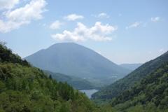 金精峠からの眺め 男体山と湯ノ湖