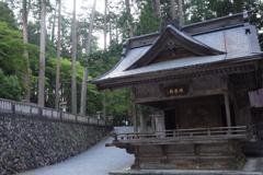 三峰神社 神楽殿