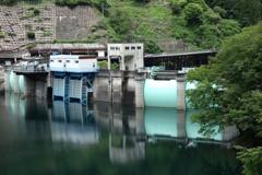 二瀬ダムの堰