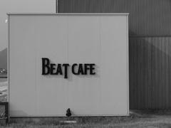 BEAT  CAFE
