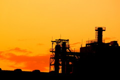 黄昏と工場