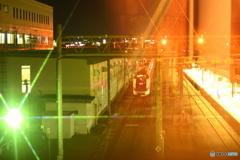 駅で待機中の、新幹線つばさ