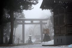 霧の戸澤神社
